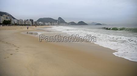 ocean, surf, on, the, beach, of - 29014896