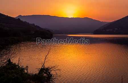 douro river valley on sunset
