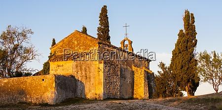 chapel st sixte near eygalieres provence