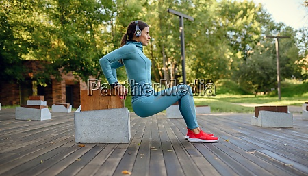 training in park woman doing fitness