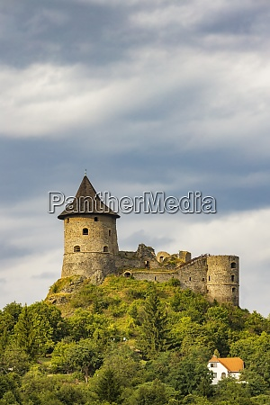 castle somoska on slovakia hungarian border
