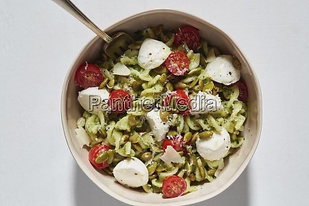 pasta with bocconcini and cherry tomatoes