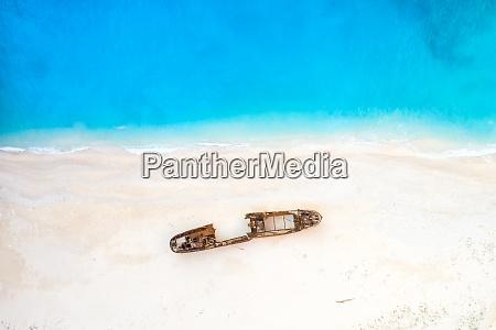 zakynthos sea island greece shipwreck navagio