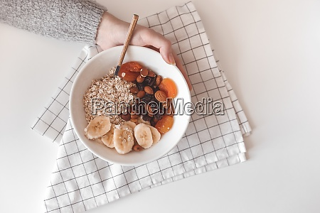carbohydrate healthy breakfast oatmeal with dried