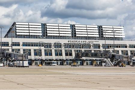 stuttgart airport str terminal 1 in