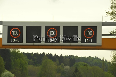 immission control through speed limits