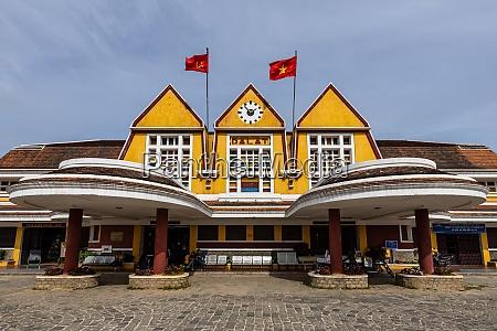 the historic train station of dalat