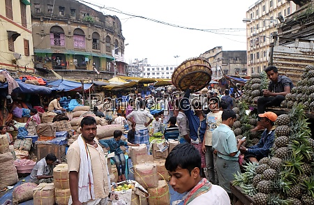 the atmosphere in fruit market in