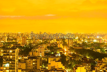 the skyline of buenos aires
