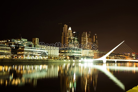 view of puerto madero with rio
