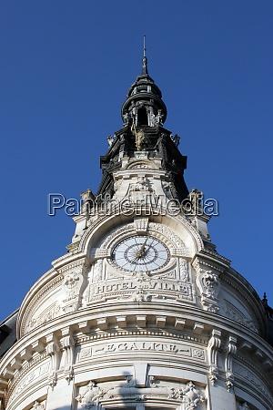 sens city hall france