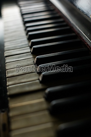 old piano keyboard with shallow depth