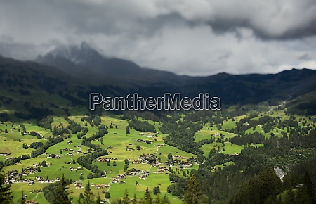 the village of grindelwald seen from