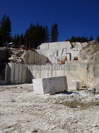 mining in a marble quarry
