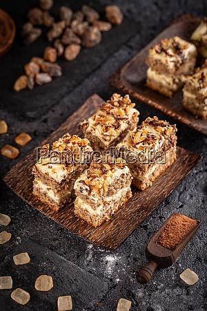 walnut sponge cake bites