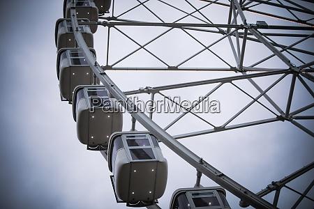 big ferris wheel against a cloudy