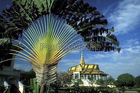 cambodia phnom penh royal palace