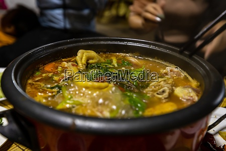 vietnamese hot pot and soup