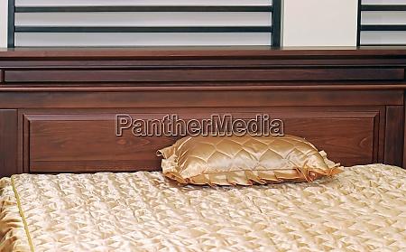 retro gold bedding