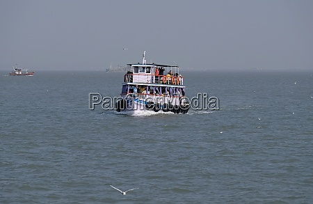 boat trip from gateway of india