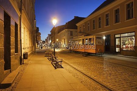 poland bydgoszcz dluga street at night