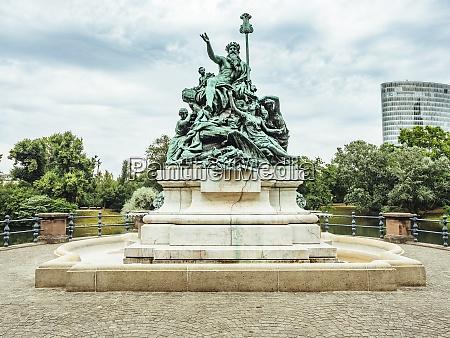 gemrany duesseldorf fountain sculpture vater rhein