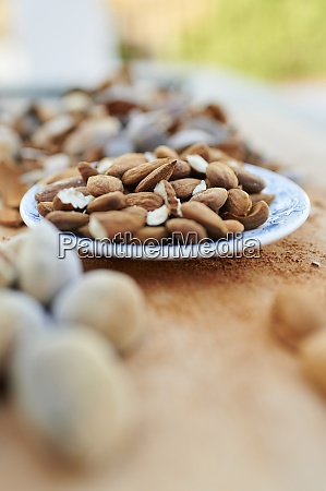 plate of peeled almonds