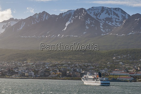 cruise ship in ushuaia tierra del