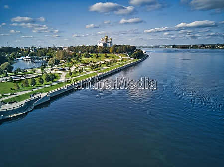volga river by park against sky