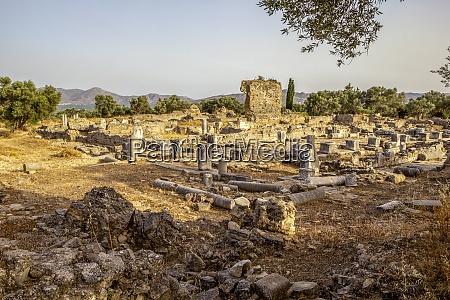 ancient apollon temple at gortyn crete