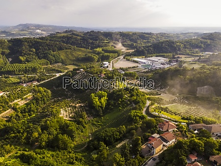 drone, view, of, countryside, landscape, in - 29121704
