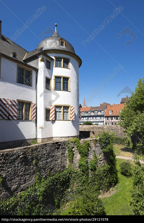 germany, , hesse, , frankfurt-hoechst, , old, castle - 29121078
