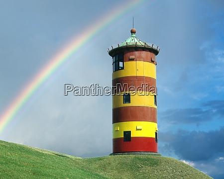 pilsumer leuchtturm regenbogen