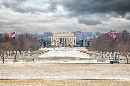 lincoln memorial at winter washington dc