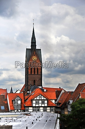 hannover city view with market