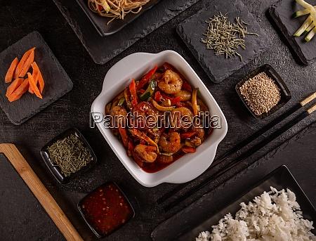 vegetable stir fry dishes with shrimp