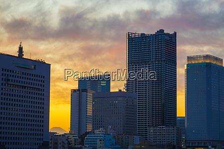evening and the silhouette of yokohama