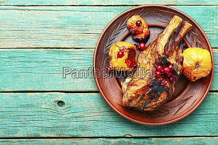 rib meat with quince
