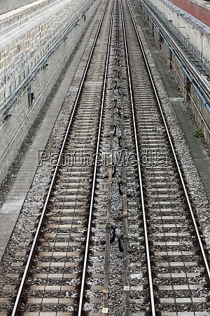 rails in the city