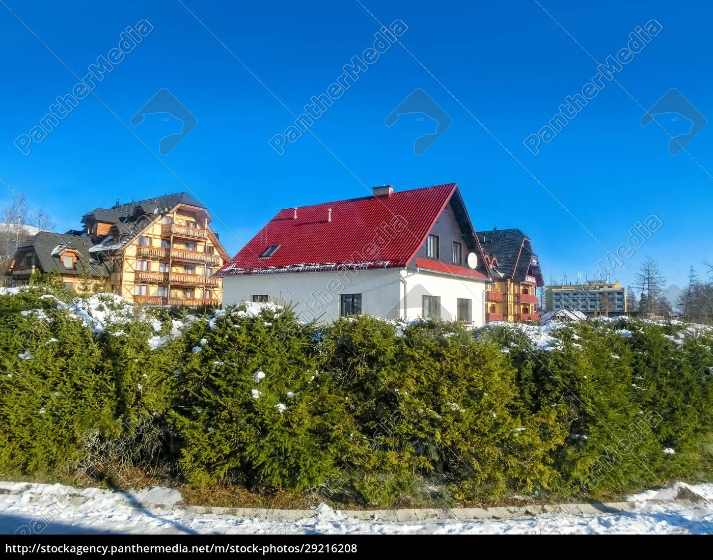 wooden, chalet, in, winter, in, zakopane - 29216208