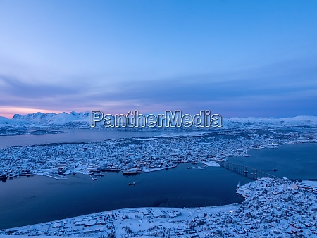 blue hour at tromso troms og