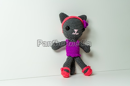 selfmade amigurumi cat out of wool