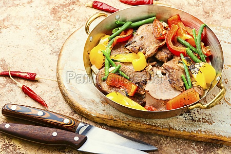 sliced beef tongue
