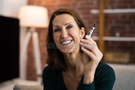 smoking electronic cigarette quit smoking addiction
