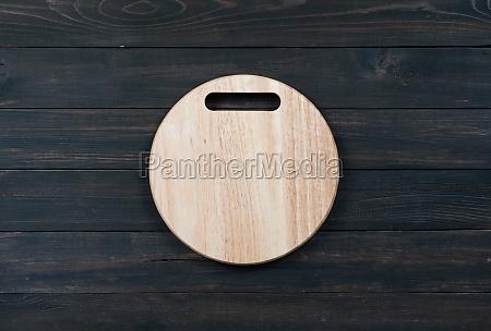 wooden round empty cutting board
