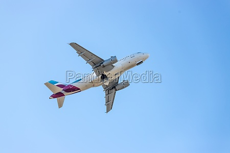 airplane take off from airport travel