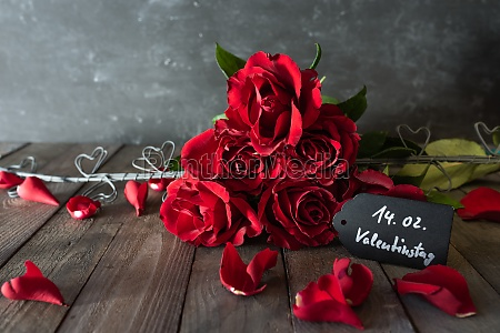 red roses bouquet for valentines day