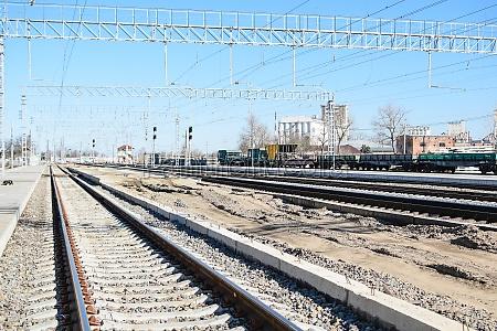 railroad tracks at the train station