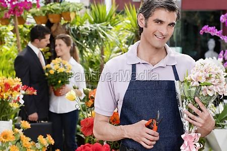florist pruning flowers