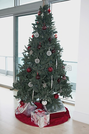 christmas tree with gifts in a
